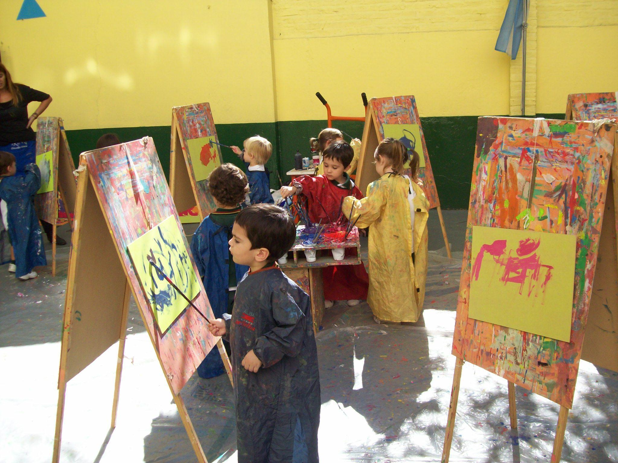 Ver la galería TALLER DE ARTE (Salas de 3 y 4 años)